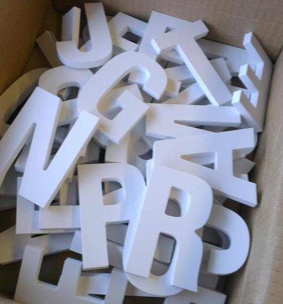3D Buchstaben aus PVC 19mm